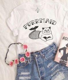 Boyfriend Tee PURRMAID. Disponível em diversos modelos e cores no nosso site!