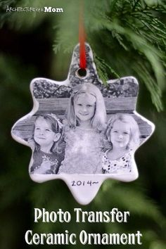 Diy Photo Ornaments, Homemade Ornaments, Diy Christmas Ornaments, Homemade Christmas, Diy Christmas Gifts, Christmas Projects, Christmas Tree Decorations, Holiday Crafts, Christmas Crafts