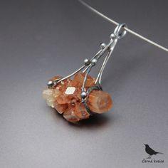 Umírněný ježek (Aragonit) - náhrdelník