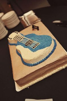 would make a great grooms cake