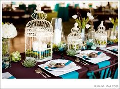 Vintage-Hochzeit: Dekoration mit Vogelkäfigen