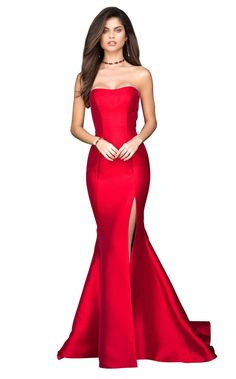 Sherri hill 51671 in 2019 prom prom dresses, sherri hill pro Casino Royale Dress, Casino Dress, Casino Outfit, Style James Bond, Night Outfits, Dress Outfits, Diy Game, Sherri Hill Prom Dresses, Strapless Prom Dresses