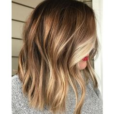 Looking for most pretty demanding hair color ever? See here the most great ideas of various balayage hair colors. Balayage is a French hair coloring technique where the color is painted on the hair… Ombré Hair, Hair Day, New Hair, Brown Hair With Blonde Highlights, Hair Highlights, Blonde For Fall, Color Highlights, Natural Highlights, Blonde Hair Fall 2018