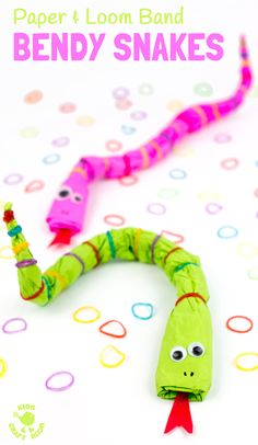 BENDY SNAKES are a fun recycled kids craft. This snake craft is made from news paper and loom bands! A fun way to make movable homemade snake toys that can be long, short, fat, thin and in any colour you like! Animal Crafts For Kids, Paper Crafts For Kids, Crafts For Kids To Make, Craft Activities For Kids, Craft Kids, Kids Diy, Snake Crafts, Zoo Crafts, Recycling For Kids