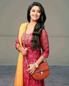 Cutie #KeerthySuresh in remo shooting!❤ #kollywood #keerthy #tamilcinema #actress #remo
