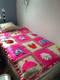 Little blossom blanket