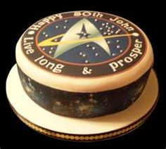 Star Trek!  icemaidencakes.com/star-trek-birthday-cake/