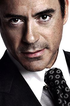 Brown hair and brown eyes. No wonder I love him. Robert Downey Jr.