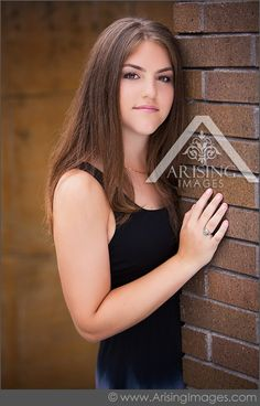 Pretty senior pictures in Michigan. #arisingimages #senior #pictures #photshoot #pose #pretty