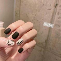 #압구정로데오네일 #아이엘네일 #가희 . 작년에 많이했었는데 업로드 했던 기억이 ..😮 다시 봐도 이쁘다 🖤 . ✔9월 행사 1. 가을 이벤트네일 10개 2. 가을 이벤트패디 3개 ✔예약문의 - 010.9756.6248 ✔카톡문의 - ilnail… Korean Nail Art, Korean Nails, Trendy Nails, Cute Nails, Hair And Nails, My Nails, Finger Nail Art, Nail Polish Art, Manicure Y Pedicure