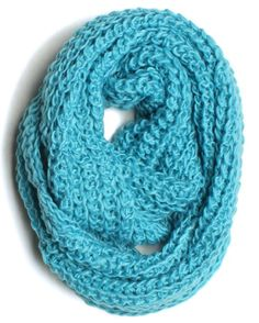 Amazon.com: ForeverScarf Thick Knitted Solid Infinity Loop Scarf, Sky Blue: Clothing