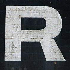 free printable letters (hundreds of each letter)