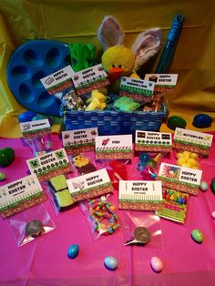 Minecraft Easter Basket Favor Labels, Easter Card and Egg Holders for egg decorating, the Easter basket and for your #minecraft fan!