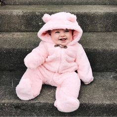 Trendy baby fashion photography so cute 35 ideas Cute Baby Boy, Cute Little Baby, Baby Kind, Cute Baby Clothes, Little Babies, Baby Daddy, Cute Kids Pics, Cute Baby Pictures, Cute Babies Photography