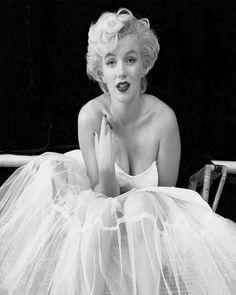 f730dd3db2d Marilyn Monroe Ballerina Enamel Metal Tin Sign Wall Plaque  ebay   Collectibles Milton Greene