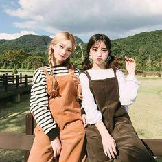 Ulzzang uploaded by Mode Ulzzang, Ulzzang Korean Girl, Cute Korean Girl, Ulzzang Couple, Asian Girl, Ulzzang Fashion, Korean Fashion, Korean Best Friends, Girl Friendship