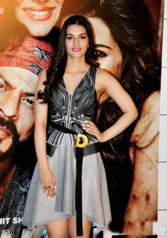 """Kriti sanon at """"Dilwale"""" movie trailer launch. The 25-year old beauty was dressed in a Rohit Gandhi & Rahul khanna seperates. Charles & Keith flats"""
