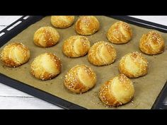 (44) 1 Glas Joghurt und in 20 Minuten backen, unglaublich schnell und lecker! - YouTube Cooking Chef, Cooking Recipes, Pain Pizza, Queso Fresco, Burger Buns, Bread And Pastries, Air Fryer Recipes, Brunch Recipes, Food Videos