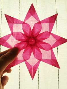 Paper Crafts Origami, Origami Easy, Christmas Origami, Christmas Diy, Paper Snowflake Patterns, Diy And Crafts, Crafts For Kids, Bible Story Crafts, Waldorf Crafts