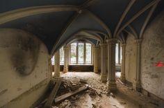Chateau De Noisy aka Miranda Castle: Belgium | DARBIANS PHOTOGRAPHY