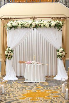 A perfect ceremony arch Desi Wedding Decor, Wedding Mandap, Wedding Stage Decorations, Backdrop Decorations, Wedding Themes, Curtain Backdrop Wedding, Ceremony Backdrop, Decoration Evenementielle, Background Decoration