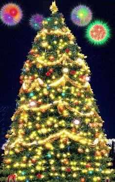 Animated Christmas Tree, Merry Christmas Gif, Christmas Night, Christmas Scenes, Merry Christmas And Happy New Year, Christmas Love, Happy Holidays, Christmas Holidays, Christmas Decorations