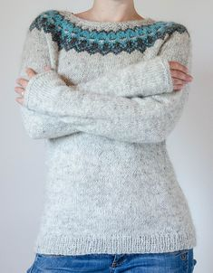 Ravelry: The Icelandic Knitter / Tricoteuse d'Islande Fair Isle Knitting Patterns, Sweater Knitting Patterns, Knit Patterns, Crochet Jumper, Knit Crochet, Stitch Witchery, Icelandic Sweaters, Sweater Design, Vintage Crochet