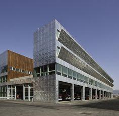 Bilbao / Firemen House  / Coll-Barreu Arquitectos