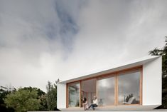 MIMA House: uma casa pré-fabricada e low cost made in Portugal - one prefab and low cost made ​​in Portugal