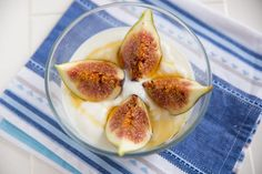 Figs & Honey -- A Delicious Change From Your Regular Yogurt Toppings