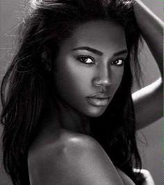 recherche modele photo femme noire