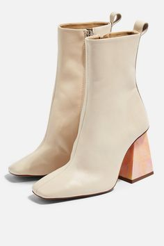 Get trending shoes at Topshop. From wear-with-everything mid-heels and sandals, to the leather boots you'll be living in this season, we've got you covered. Women's Shoes, 90s Shoes, Girls Shoes, Ladies Shoes, High Ankle Boots, Heeled Boots, High Heels, Flat Boots, Ankle Booties