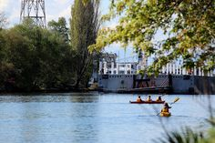 April 9, 2015 - Kayakers greet Pontoon H