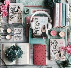 Livros que deram origem ao filme Para todos os Garotos que já amei foram escritos por Jenny Han.