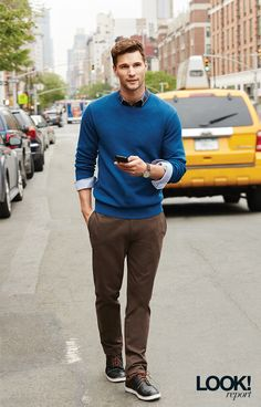 When it comes to menswear, it's all about the details. We love rolled cuffs and coloured shoelaces!