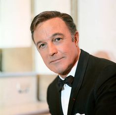S WONDERFUL WORLD OF GIRLS -- Aired -- Pictured: Gene Kelly