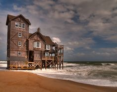 Nights in Rodanthe house in OBX....actually a place I'd like to move! Been here multiple times! OBX I <3 you!
