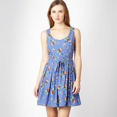 by Henry Holland Parrot Dress Henry Holland, Prom Dresses, Summer Dresses, Debenhams, I Dress, Dress Collection, Parrot, My Style, Casual