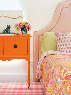 Really liking the idea of pink and orange for the girls room