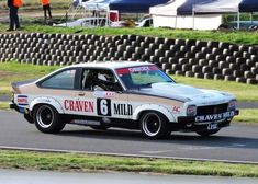 Holden Muscle Cars, Classic Race Cars, Australian Cars, Motor Sport, Supercar, Cool Cars, Old School, Racing, Group