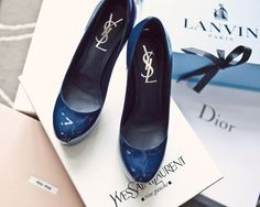 YSL pumps in dark blue.