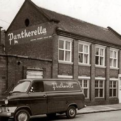 We chat to Justin Hall, chief executive of UK sock manufacturer Pantherella about their long history, their Leicester factory and their exciting future   Pantherella are a world renowned brand manufacturing fine English socks and hosiery from their Leicester factory. Their