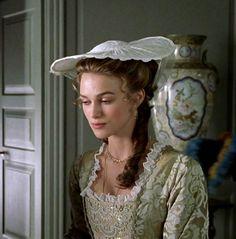 Keira Knightley Pirates, Keira Christina Knightley, Elizabeth Swann, 18th Century Costume, Elisabeth, Movie Costumes, Period Costumes, British Actresses, Pirates Of The Caribbean