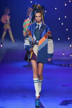 Marc Jacobs Spring 2017 Ready-to-Wear Collection Photos - Vogue