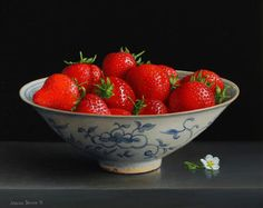 Jessica Brown. Still life with Strawberries in a Chinese bowl and Strawberry flower