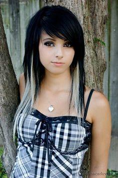 Scene Girl Hair, Emo Scene Hair, Black One Piece Jumpsuit, Pelo Multicolor, Cute Emo Girls, Scene Kids, Dope Hairstyles, Cool Hair Color, Aesthetic Girl