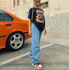 graphic t shirt trendy outfit Cute Casual Outfits, Edgy Outfits, Mode Outfits, Retro Outfits, Urban Outfits, Vintage Outfits, 90s Hip Hop Outfits, Black Girls Outfits, Outfits With Jordans