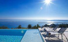 Pool & ocean...