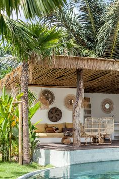 Bali interiors Home - Terrasse Design Exterior, Patio Design, Interior And Exterior, Exterior Paint, Bali Decor, House Bali, Outdoor Rooms, Outdoor Living, Deco Surf