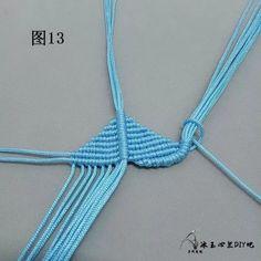 点击查看原图 Macrame Jewelry Tutorial, Macrame Bracelets, Diy Yarn Decor, Free Macrame Patterns, Micro Macrame, Hand Embroidery Designs, Bracelet Patterns, Knots, Crochet Necklace